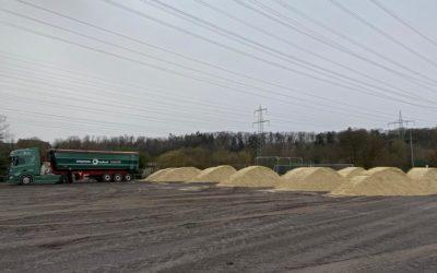 Erstellung des neuen Mehrzweck-Sandplatz